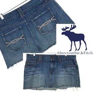 Abercrombie & Fitch distressed embellished skirt 8